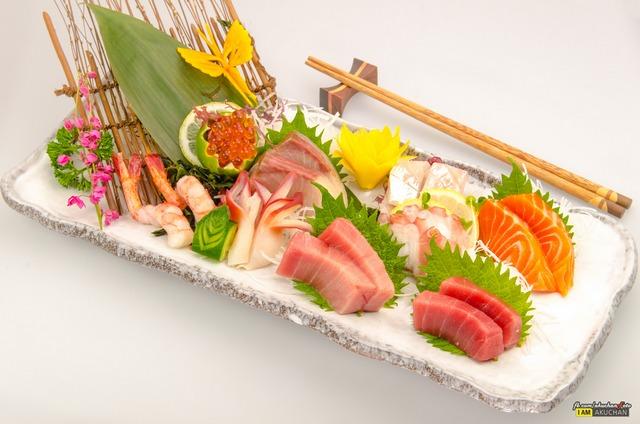 ถ่ายรูปเมนูอาหารญี่ปุ่น